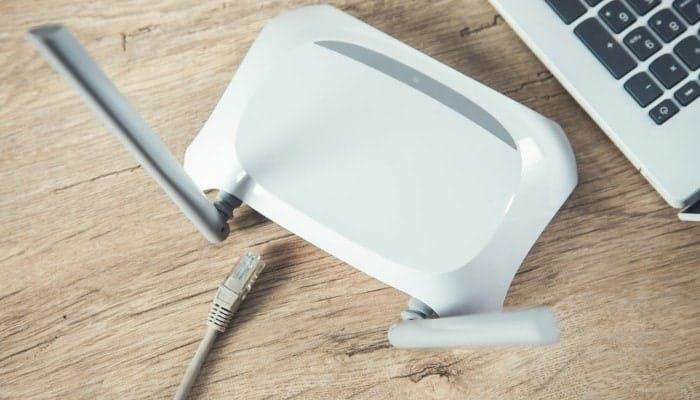 chromecast reboot wifi