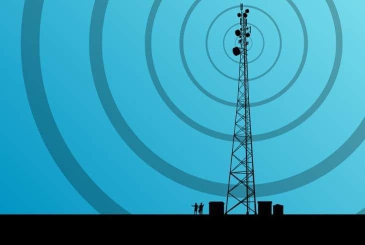 boost tracfone signal