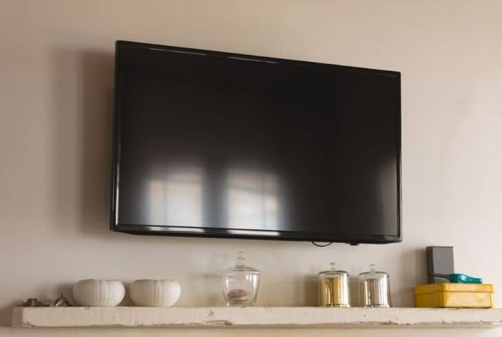 Why Does Mitsubishi TV Turns On Then Off Immediately?